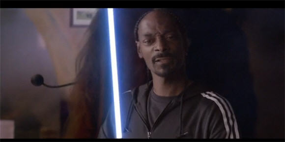 snoop_dogg_lightsaber