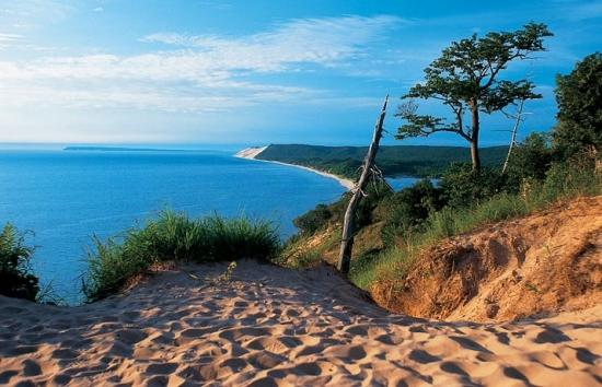 Tourism continues to rise in Michigan