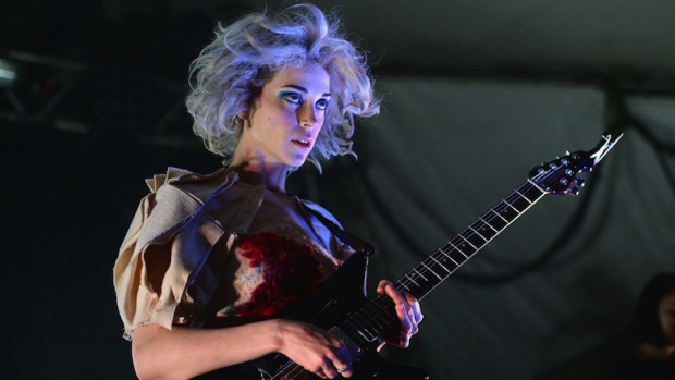 Concert+Review%3A+St.+Vincent%27s+Digital+Witness+Tour