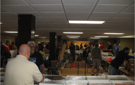 Keep Things Spinning with the Lansing Record & CD Show