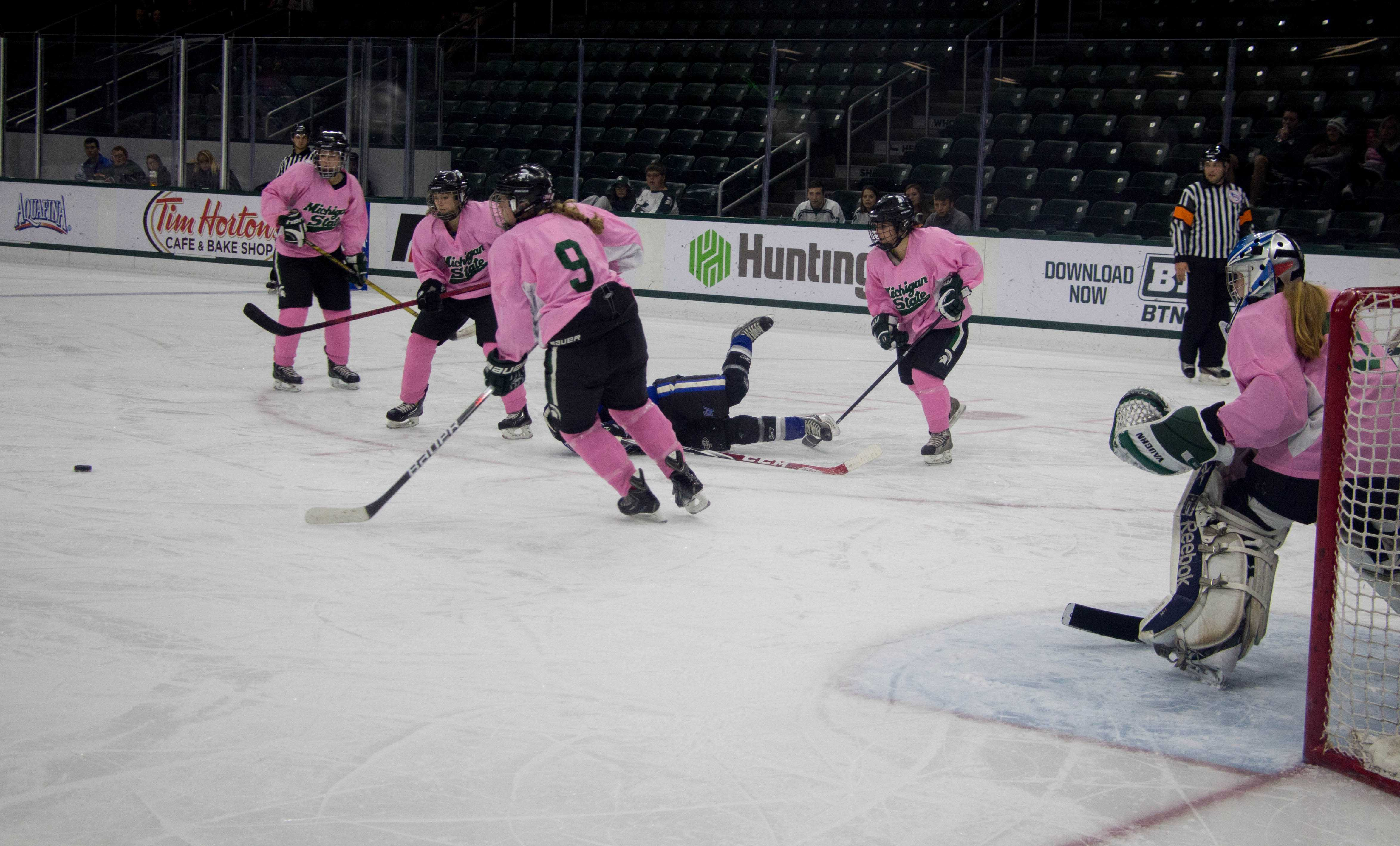 Women's Ice Hockey Builds Success On Their Own Terms