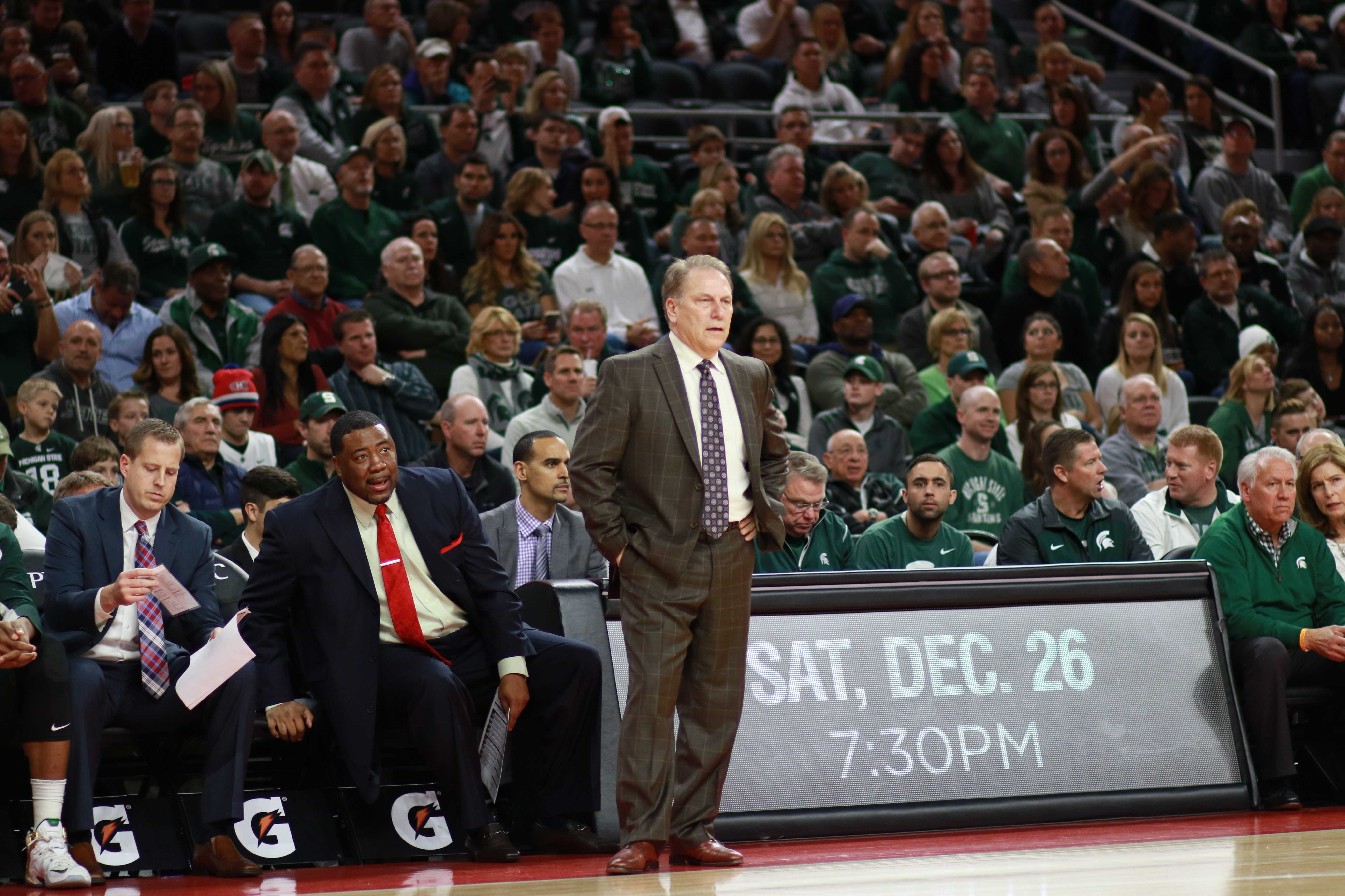 MSU Bounces Back Against Oakland Behind Ward's 25 Points