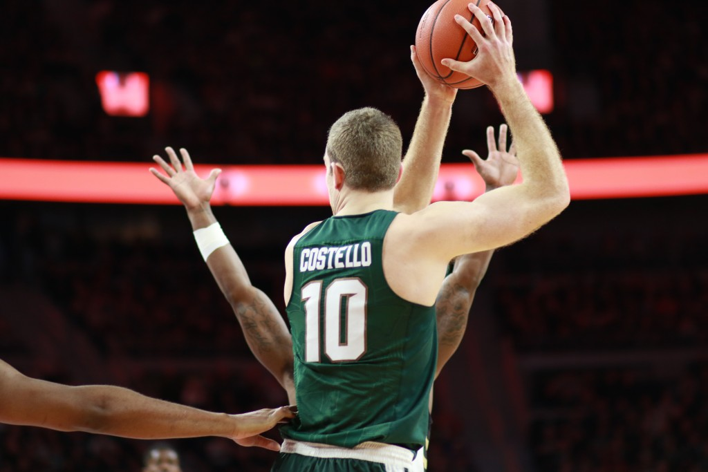 Spartans+Lose+Second+Straight+at+Wisconsin