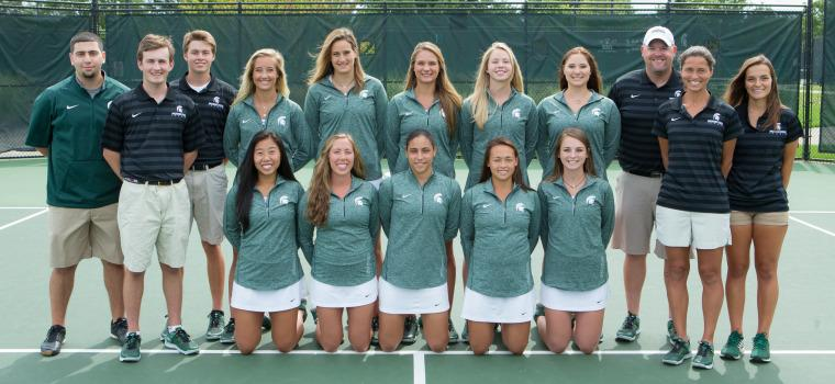 Women's Tennis Robbed In Chicago