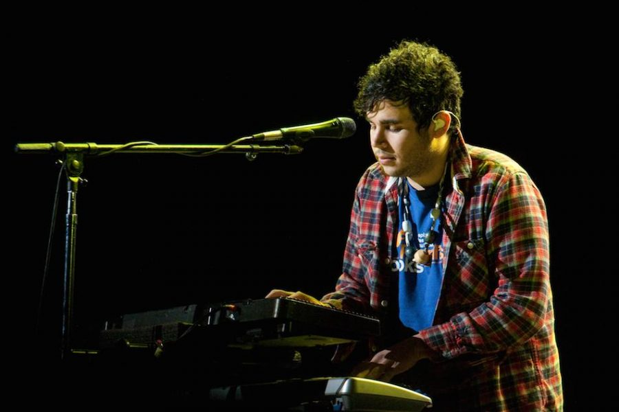 Rostam+Batmanglij+leaves+Vampire+Weekend+%7C+Music+News
