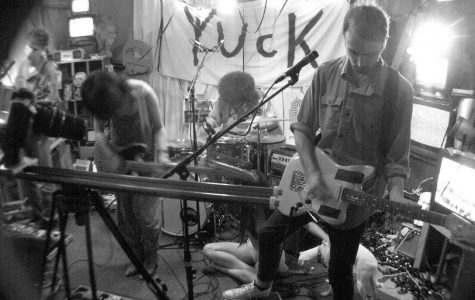Yuck at The Loving Touch | 4.7.16