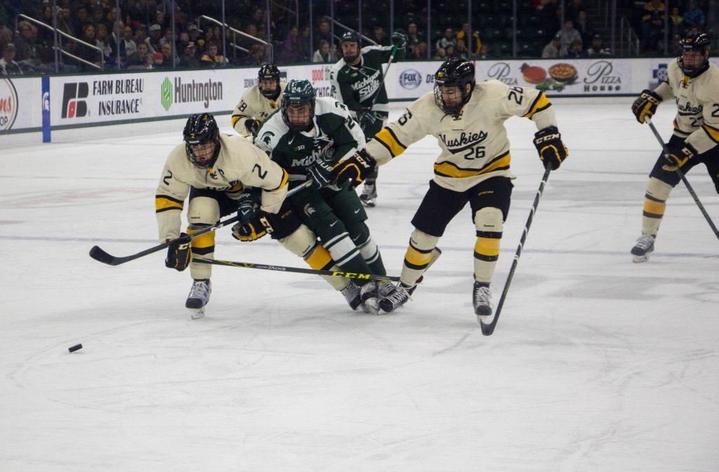Weekend+Hockey+Preview%3A+Michigan+Tech