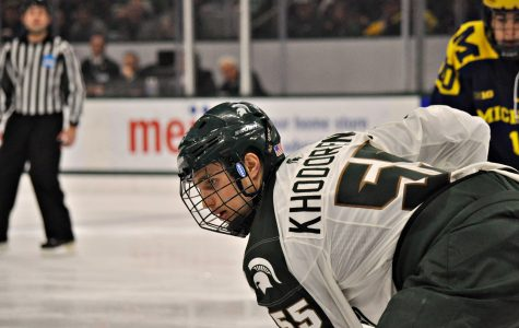 Freshmen Lead Spartans to Split in Columbus