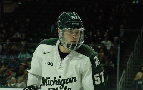 Spartans fall on home ice to No. 7 Badgers