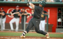 Spartans struggle in second game of Sunday doubleheader