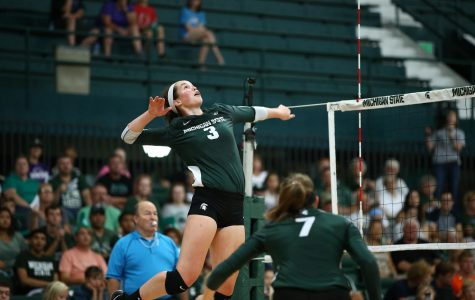 Spartans can't get offense going, fall to Nebraska in three sets