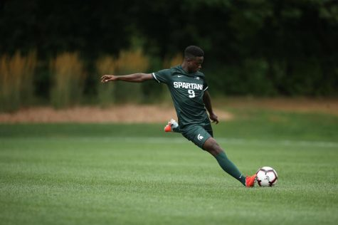 Spartans Rout Rutgers for First B1G Win