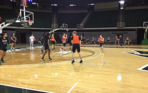 Womens basketball team in high spirits, healthy as official practice gets underway
