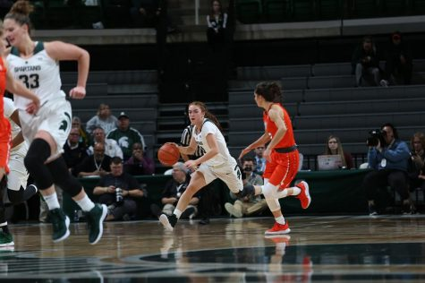 Spartans overcome slow start to defeat Oakland