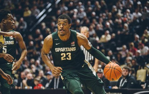 Winston breaks records, No. 15 Spartans back on track with 67-55 win over Badgers