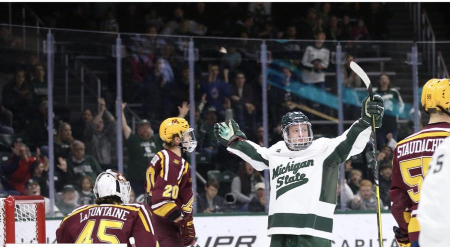 Mitchell Lewandowski/Photo: MSU Athletic Communications