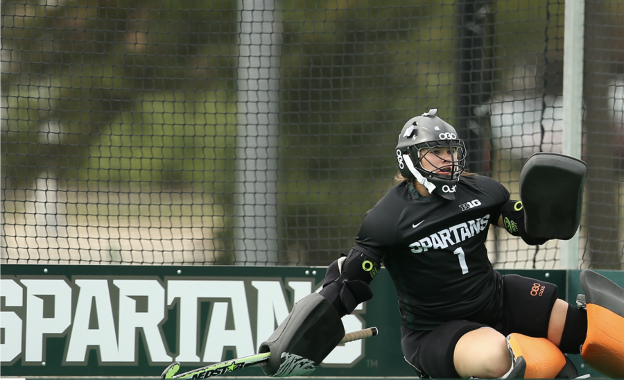 MSU+goalie+Jade+Arundell+makes+a+diving+save+during+a+game%2FPhoto+Credit%3AMSU+Athletics+Communication