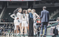 Suzy Merchant gives instructions to her players/ Photo Credit: MSU Athletic Communications