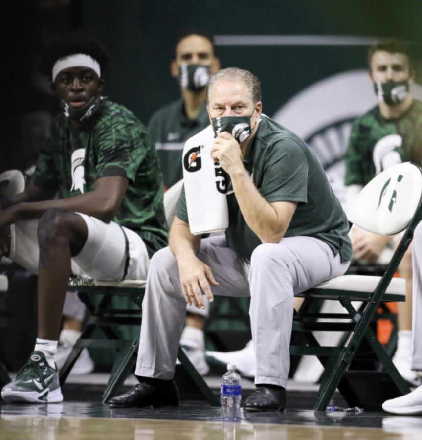 Tom Izzo and Gabe Brown watch as MSU takes on Eastern Michigan/Photo credit: MSU Athletic Communications