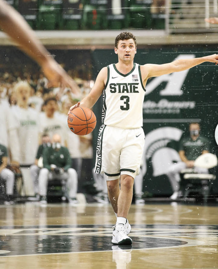 Foster Loyer runs traffic as MSU battles Eastern Michigan/ Photo Credit: MSU Athletic Communications