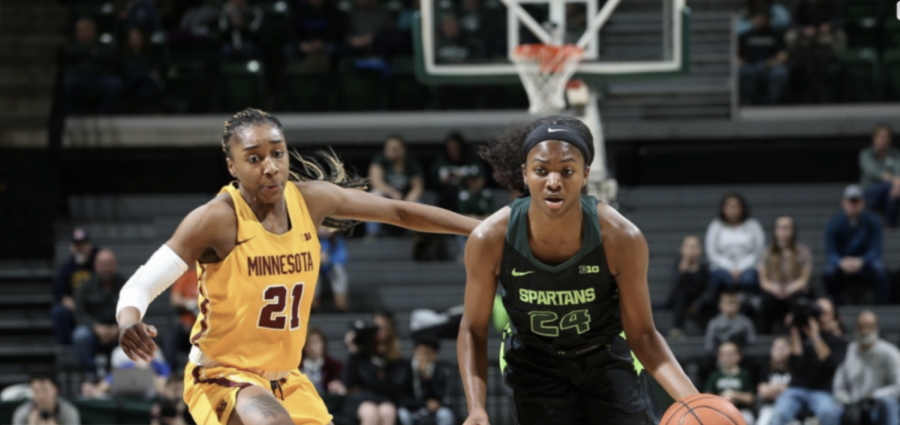 Nia Clouden drives in the lane against Minnesota: Photo Credit/ MSU Athletic Communications