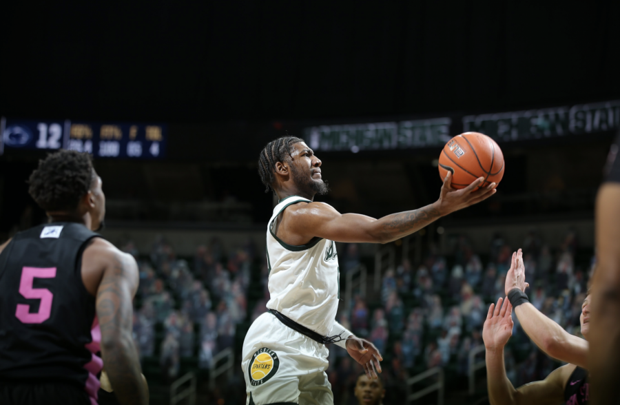 Aaron+Henry+attempts+a+layup+in+the+Spartans%27+60-58+home+win+over+Penn+State%2F+Photo+Credit%3A+MSU+Athletic+Communications%0A