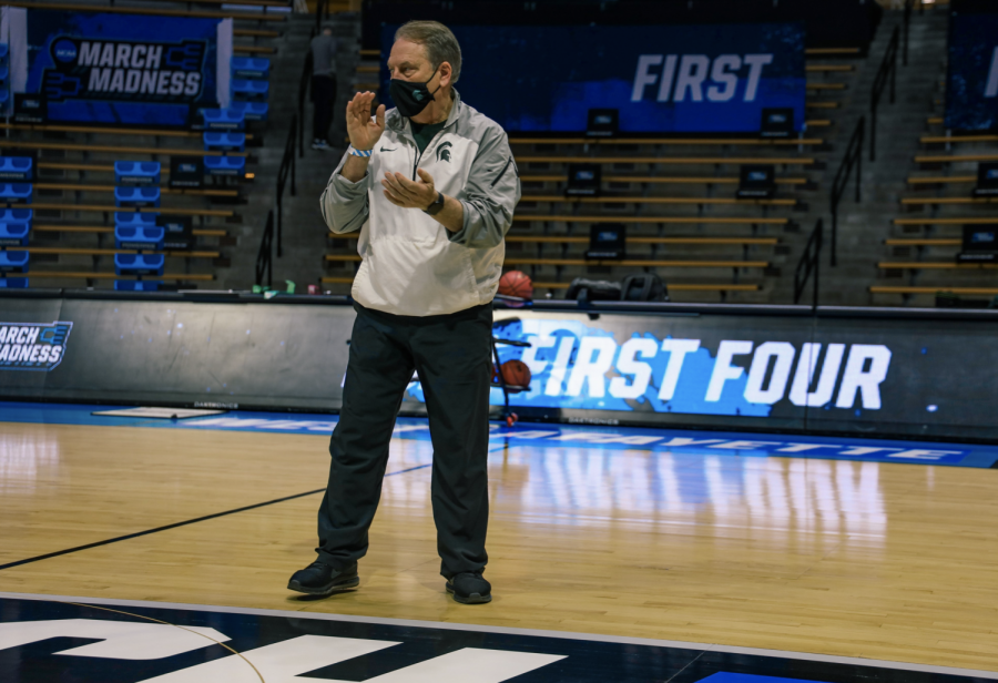 MSU+head+coach+Tom+Izzo+watches+his+team+during+practice+before+the+first+game+of+the+NCAA+Tournament%2F+Photo+Credit%3A+MSU+Athletic+Communications%0A%0A%0A