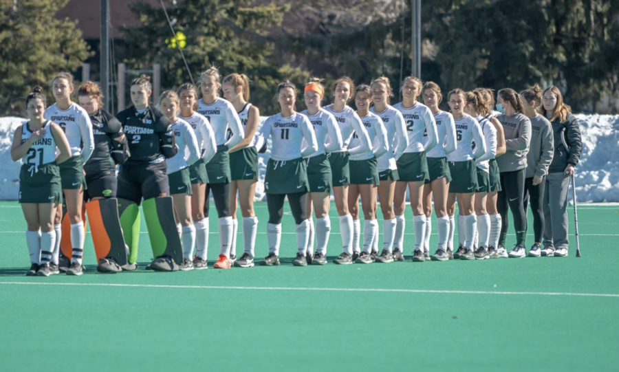 The+MSU+field+hockey+team+stands+during+the+national+anthem%2F+Photo+Credit%3A+MSU+Athletic+Communications%0A%0A%0A%0A%0A%0A%0A%0A%0A%0A%0A