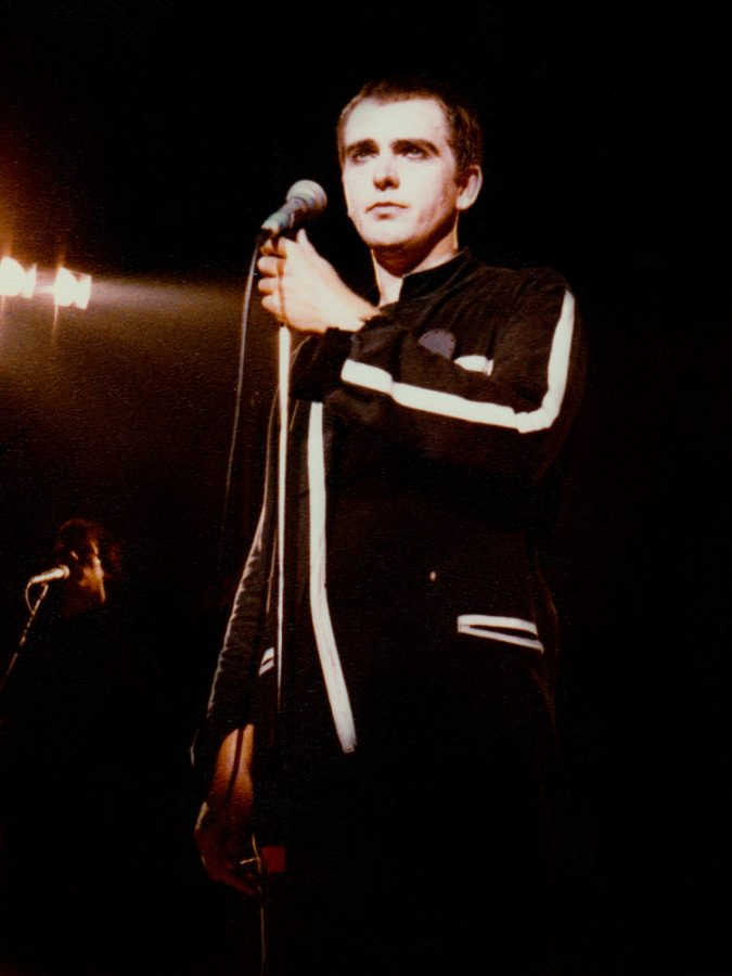 Peter+Gabriel+performing+at+Muziekcentrum+Vredenburg%2C+in+Utrecht%2C+Netherlands+on+Sept.+6%2C+1980.