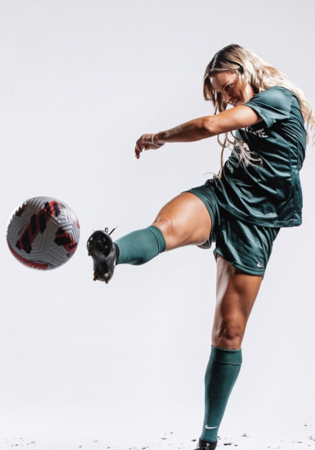After yielding late goal, Spartans come back late to defeat Minnesota 2-1