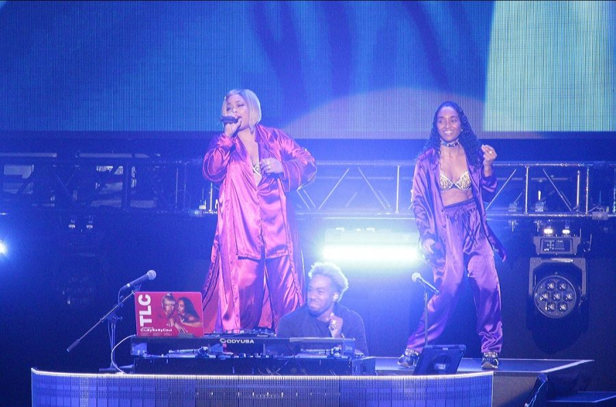 Concert Review | TLC with a Chance of Waterfalls