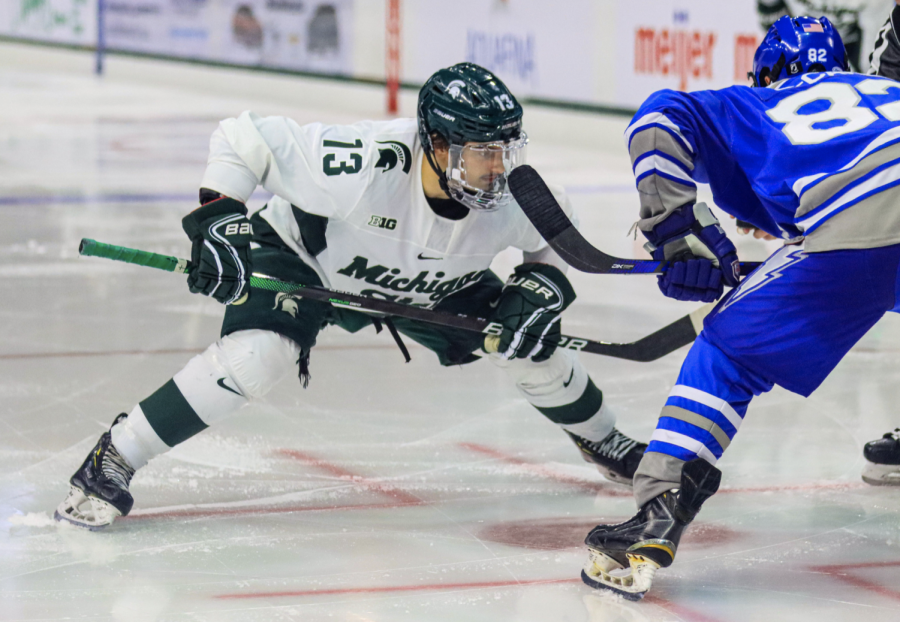 MSU forward Kristoff Papp prepares for a face-off in the Spartans 5-1 win over Air Force on Oct. 9, 2021/Photo Credit: Sarah Smith/WDBM